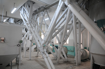 Maize milling plant or corn flour milling plant pipelines